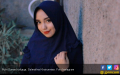 Banyak Masalah, Putri Sunan Kalijaga Bakal Lepas Hijab? - JPNN.COM