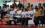 Jokowi Restui Usulan Menaikkan Dana BOS untuk Guru Honorer - JPNN.COM