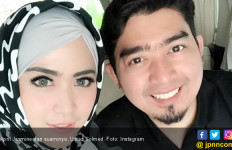 Ustaz Solmed Ultah ke-35 Tahun, April Jasmine Minta Hal ini - JPNN.com