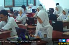 Politikus Senayan Puji USBN Berbasis Komputer dan Smartphone di Jatim - JPNN.com
