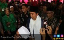 Jokowi Mesra dengan Kawan Baru, yang Lama Bisa Kabur Semua - JPNN.COM