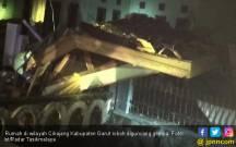 Gempa Besar Robohkan Rumah Warga Garut - JPNN.COM