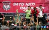 Irfan Jaya tak Menyangka Disambut Ratusan Bonek, Terharu - JPNN.COM