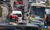 Imbas Peningkatan Jalan, Sukodono Macet Parah - JPNN.COM