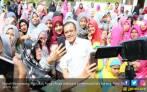 Bupati Surati Presiden, Guru Honorer K2 Tetap Mogok Mengajar - JPNN.COM