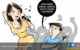 Suami Lemas Lihat Istri Diraba-raba Pria Lain