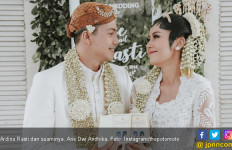 Curhat di Medsos, Suami Ardina Rasti Bermasalah dengan PH? - JPNN.com