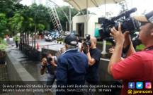 Dirut RS Medika Permata Hijau Pukul Kamera Pewarta di KPK - JPNN.COM