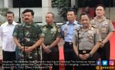 Jokowi Ingatkan TNI-Polri Bisa Jaga Netralitas di Pilkada - JPNN.COM