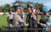 Seragam Dinas Bripka Sugianto pun Dicopot Kapolres - JPNN.COM