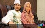 Korban Penipuan Umrah Seret Ustaz Guntur Bumi dan Istri - JPNN.COM