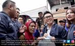 Ajak Artis, Eko Patrio Beri Bantuan Korban Kebakaran Krukut - JPNN.COM