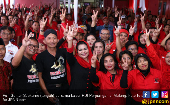 Panaskan Mesin PDIP Malang, Puti Guntur Sebut Nama Jokowi