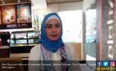 Usai Berhaji, Ikke Nurjanah Mantap Berhijab - JPNN.COM