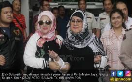 Konflik Elvy Sukaesih dan Anaknya Semakin Memanas - JPNN.COM