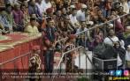 Tonton Video Ustaz Abdul Somad dengan Jaket Pemuda Pancasila - JPNN.COM