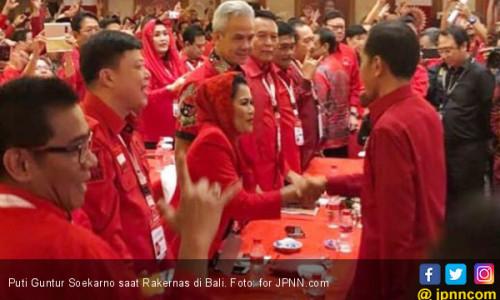 Khofifah Sepaket dengan AHY, Gus Ipul Senapas dengan Jokowi
