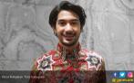 Reza Rahadian Nyaman Jadi Dosen - JPNN.COM