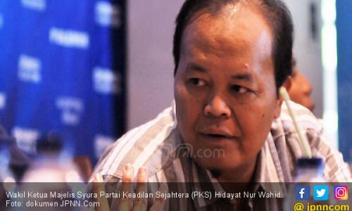 PKS Ngebet Ada Poros Ketiga demi Munculkan Capres Alternatif