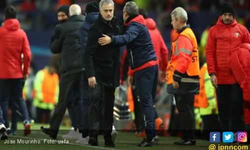 MU Tersingkir di Liga Champions, Mourinho: Itu Sudah Biasa