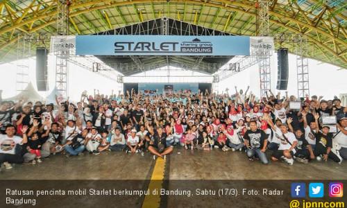Wow, Ratusan Pencinta Mobil Starlet Kopdar di Bandung
