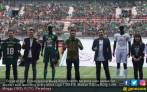 Alasan Bali United dan Persebaya Tolak Apparel Resmi - JPNN.COM