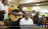 Usai Bertemu Buruh, Menaker Berkeliling Kota Karawang - JPNN.COM