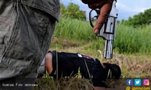 Tembak Mati Perampok, Polisi Amankan Uang Sekarung