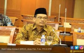 Pernyataan Terbaru soal Honorer K2 dari Politikus Senayan - JPNN.COM