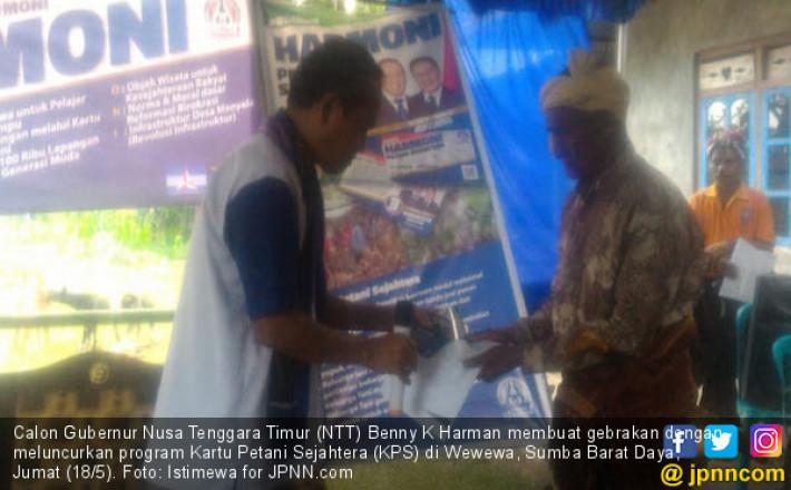 Benny Harman Meluncurkan Kartu Sakti untuk Masyarakat NTT