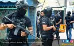Densus 88 Bekuk Lima Teroris Anggota JAD di Pekanbaru - JPNN.COM