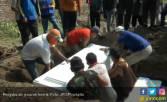 Jenazah Teroris Bom Surabaya Dikubur Dalam Satu Liang - JPNN.COM