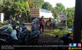 Kronologis Merlin Terlindas Truk di Jalan Berlubang - JPNN.COM