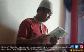Koko Mualaf, Menangis Peluk Ayahnya yang Seorang Pendeta - JPNN.COM