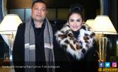 Krisdayanti dan Raul Lemos Berangkat Umrah - JPNN.COM