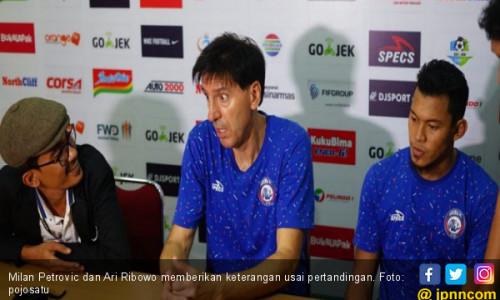 Arema FC Kalah, Milan Akui Permainan PSMS Medan Lebih Baik