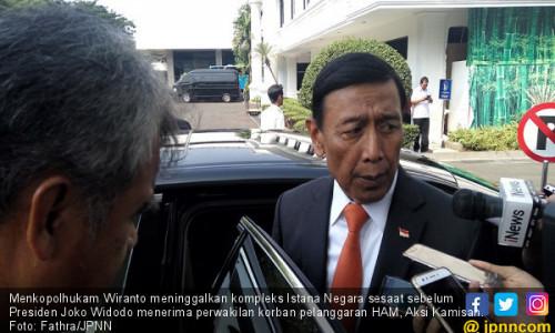 Jokowi Terima Aksi Kamisan, Wiranto Cabut dari Istana