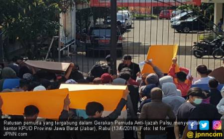 Massa Menyeruduk Kantor KPUD Jabar, Nih Tuntutannya