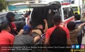 Evakuasi Belasan Korban KM Sinar Bangun, 1 Penumpang Tewas - JPNN.COM