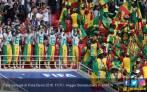 Piala Dunia 2018: Aksi Fan Jepang & Senegal Bersihkan Sampah - JPNN.COM
