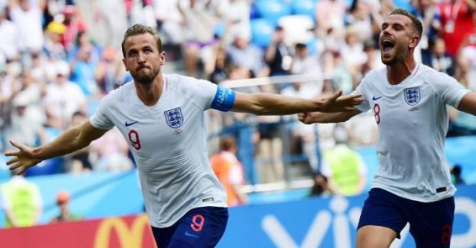 Harry Kane cetak trigol pertamanya bagi Inggris di Piala Dunia 2018. Foto: AFP