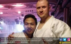 Zohri dan Fauzan si Juara Dunia Karate Kerja di Minimarket - JPNN.COM
