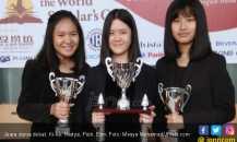 Angkat Isu Alien, Tiga Pelajar Indonesia Juara Dunia Debat