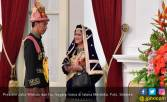 Mau gak ya Pak Jokowi Dibuatkan Busana oleh Para Tuna Rungu? - JPNN.COM