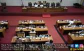 Ketua DPRD Batam Gebrak Meja di Rapat Paripurna Bea Gerbang - JPNN.COM