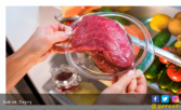 Permintaan Daging Babi Meningkat Jelang Natal dan Imlek - JPNN.COM