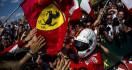 Sebastian Vettel Sudahi Puasa Podium di F1 Singapura - JPNN.com