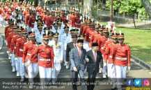 Sebelum Dilantik, 9 Gubernur Terpilih Kirab di Istana Negara