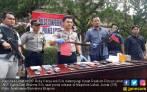 Serang Petugas Pakai Parang, Pembobol Rumah Ditembak Mati - JPNN.COM