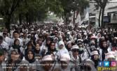 Prabowo: Tunda Rekrutmen CPNS 2018, Tuntaskan Honorer K2 - JPNN.COM